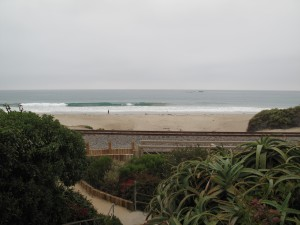 Low tide, south wind, and a drop in swell... Better off waiting until later