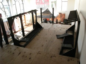 I helped Dave set up some racks for the future Rail 2 Rail boardroom, its going to be tight when its finished...
